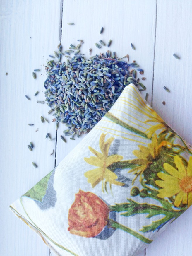 LAVENDER SCENTED PILLOWS