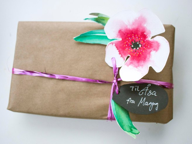 Last minute wrapping idea, Presents , gifts idea . Christmas , holidays